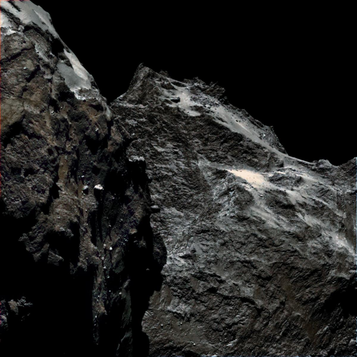 67P real color.jpg